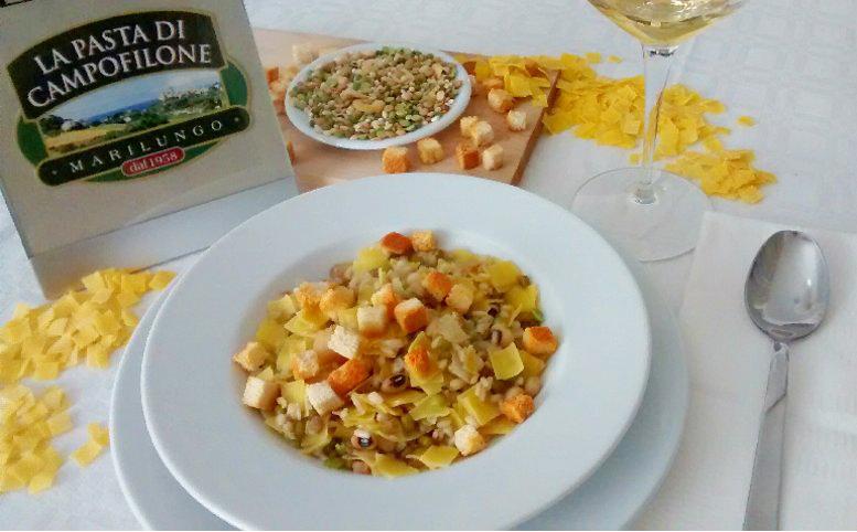 Zuppa di legumi e quadrelli